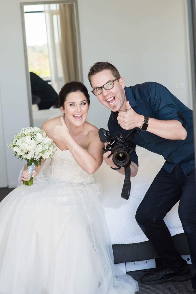 Wedding Services Melbounre - Wedding DJ's - Matt Jefferies Entertainment Dry Ice Dancefloor