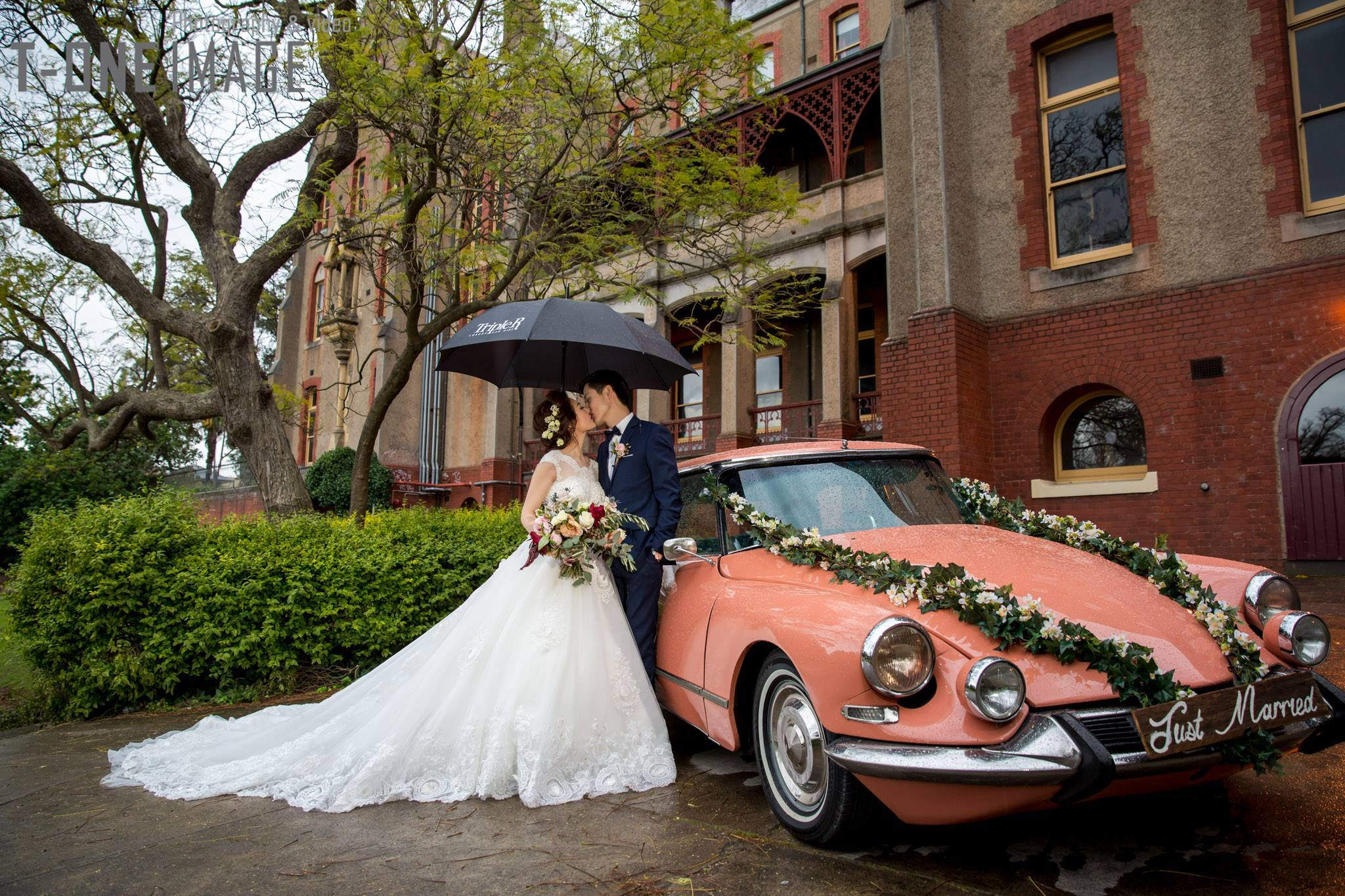 Triple R Luxury Car Hire Melbourne Wedding Services Melbourne