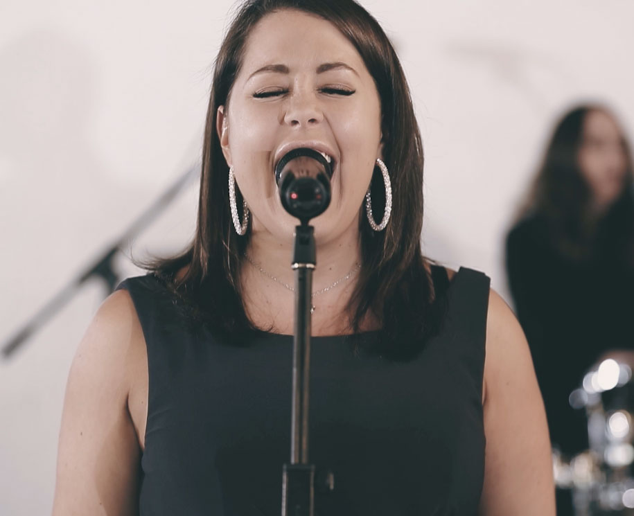 Wedding Services Melbourne - Lexi Ross - Lead Singer of Celestial Band Melbourne