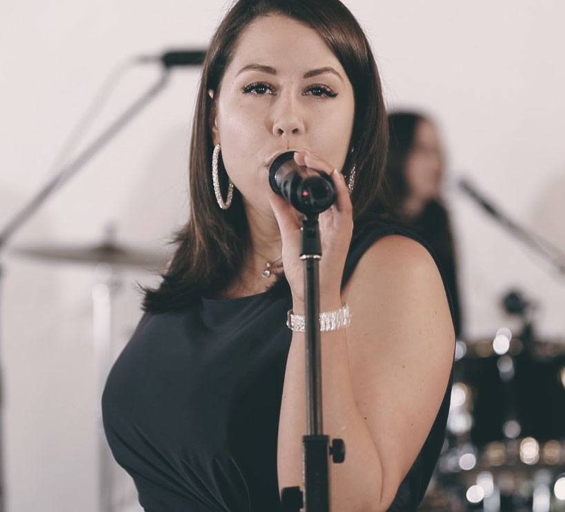 Wedding Services Melbourne - Lexi Ross Lead Singer of Celestial Band